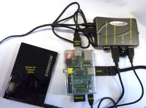 Raspberry Pi avec Hub 4 ports et Disque Dur