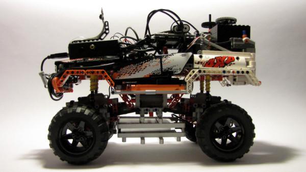 lego-raspberry-pi-profile-001