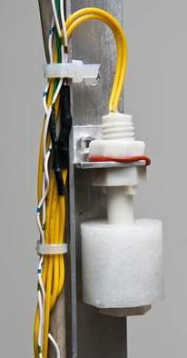Un des nombreux capteurs utilisés pour la mesure de la hauteur d'eau de la cuve de récupération des eaux pluviales.