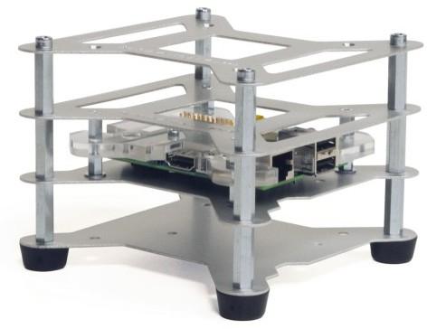 """Picano permet également des """"empilages"""" - On pourrait """"stacker"""" des Raspberry Pi..."""