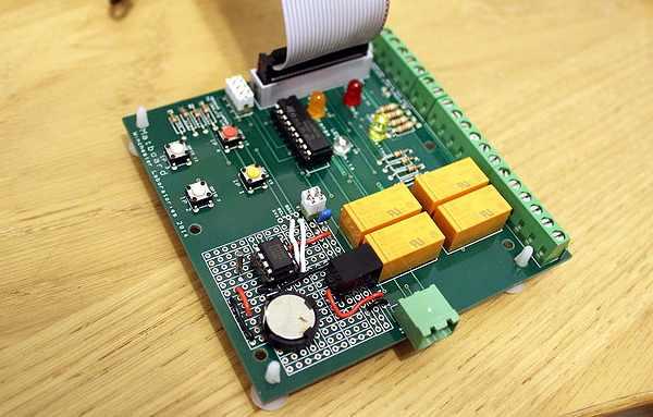 MatBoard - Vue générale de la carte avec zone de prototypage câblée