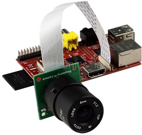 Caméra compatible avec la caméra d'origine. Ici équipée d'un objectif de 6mm.