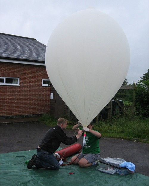 pi_balloon-500x626