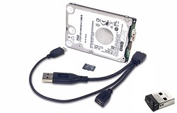 Image présentant le disque dur WDLabs, le câble de raccordement, la carte micro SD ainsi que la version dongle USB.