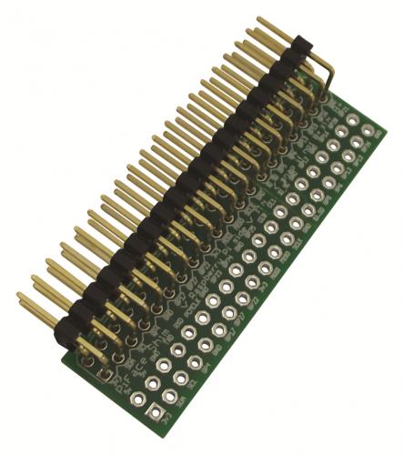 Carte PiFace SHIM avec le connecteur coudé monté