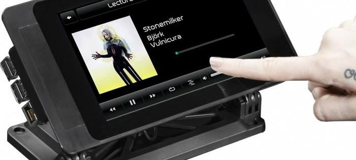 f2e5e92fc246c2 SmartiPi Touch   un support pour l écran tactile officiel 7″ du Raspberry Pi