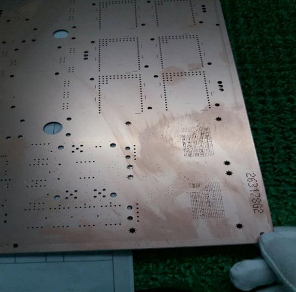 Perçage des circuits imprimés chez JLCPCB