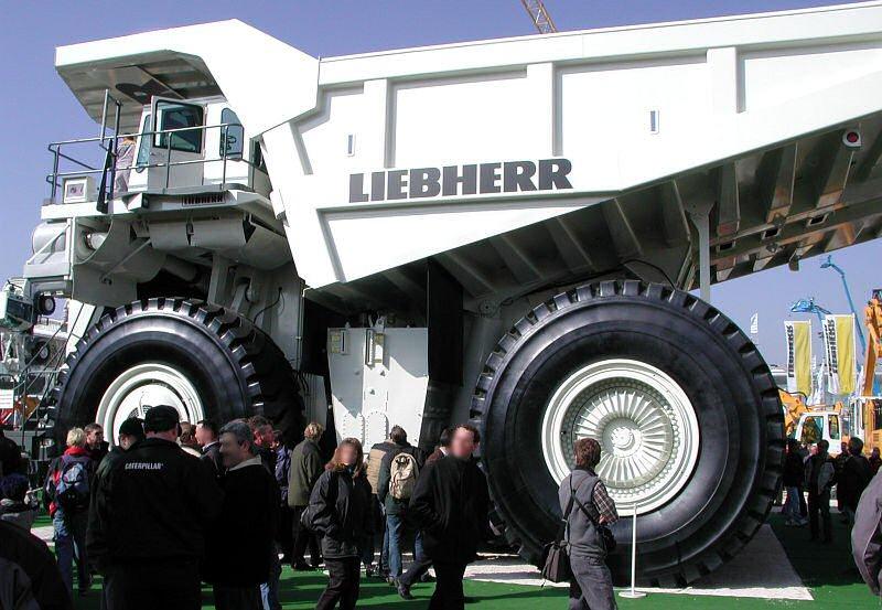 Pneu pour camion d'exploitation minière