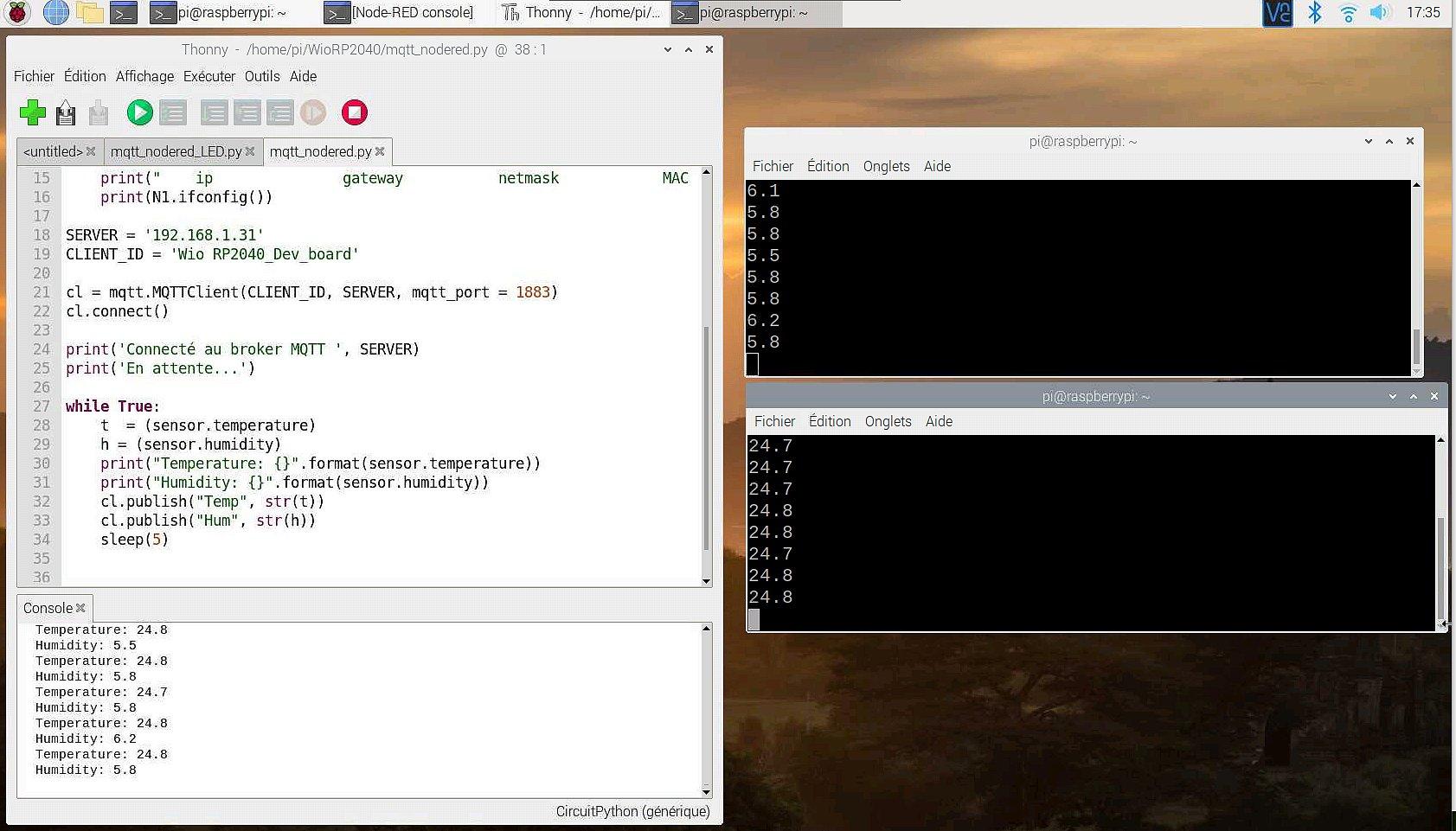 Sur un Raspberry Pi : Programme de lecture de données du DHT22, envoi au broker Mosquitto et affichage grâce à deux subscribers.